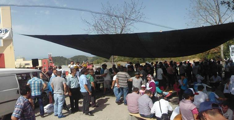 Amasra'da grev yapan maden işçilerine Zonguldaklı işçilerden dayanışma