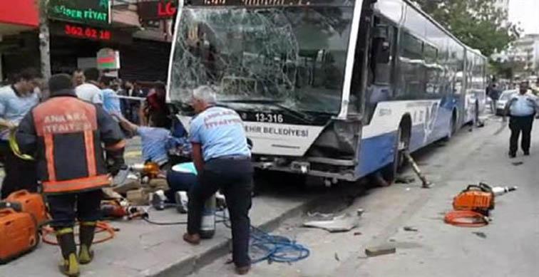 Ankara'da halk otobüsü katliamı: 11 kişi hayatını kaybetti, 8 kişi yaralandı