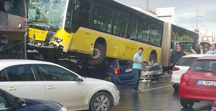 Metrobüste kazaların arkası kesilmiyor