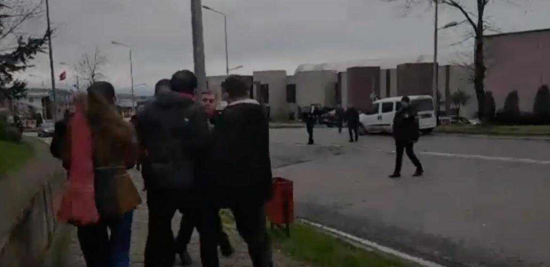 KTÜ'de mühendislik öğrencilerinden Ulaştırma Bakanı'na protesto