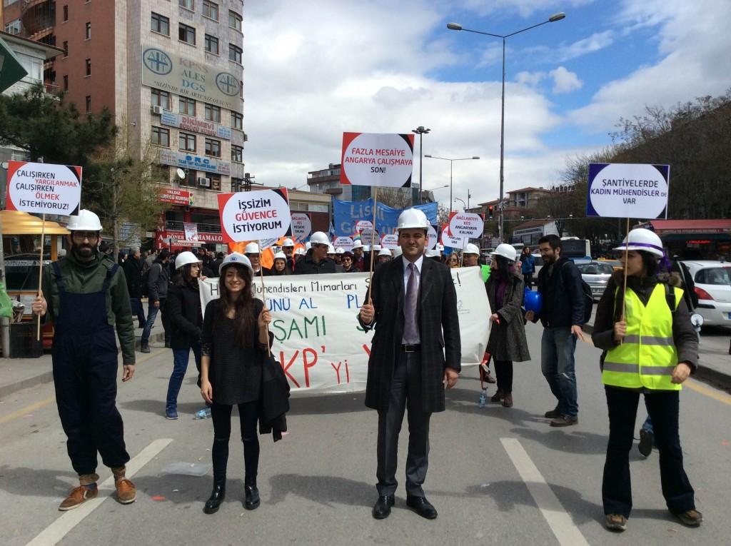 Mühendisler, mimarlar, plancılar hakları için Ankara'da buluştu